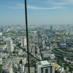 Hochzeitssuit mit Ausblick über Thailands Hauptstadt
