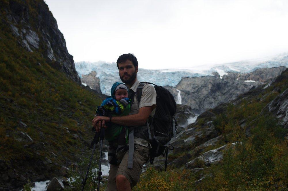 Wanderung mit Baby zum Gletscher Buarbreen