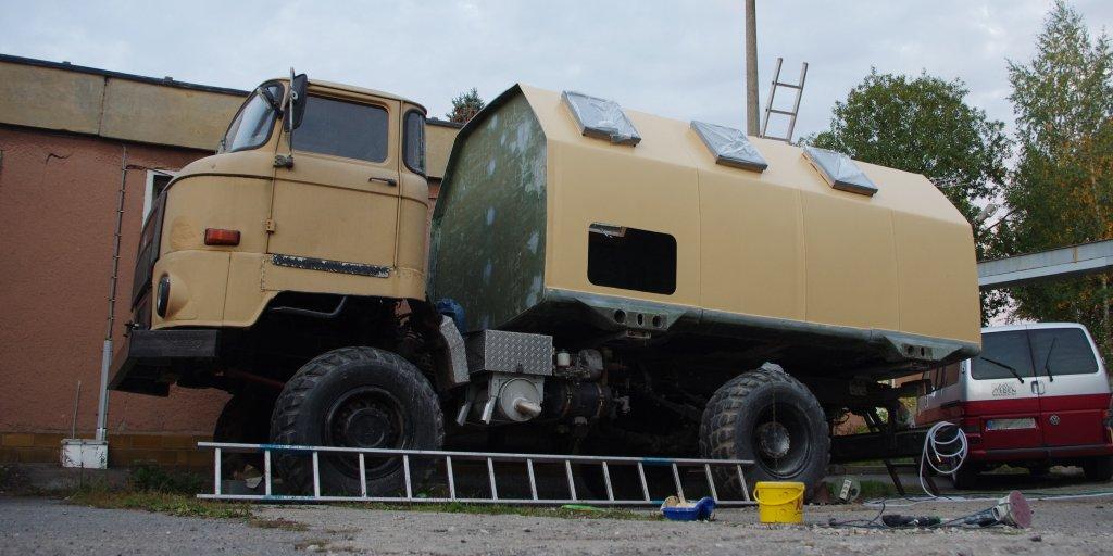 IFA L60 4x4 mit tlw. neuer sandfarbener Lakierung